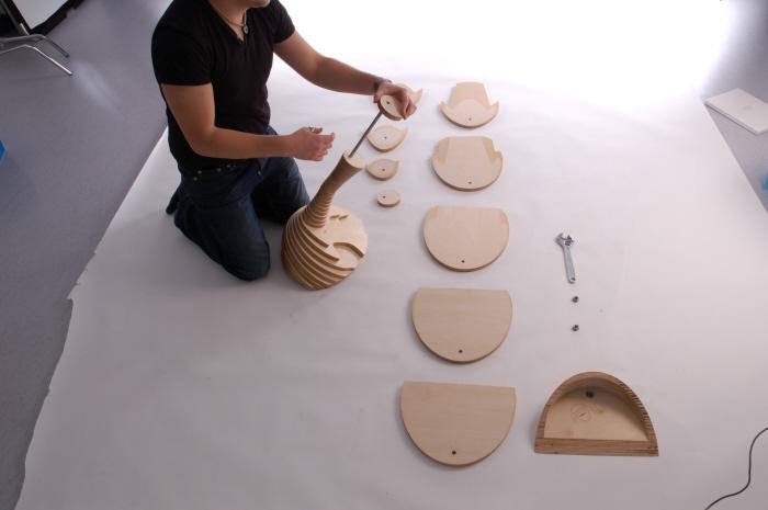Тем, кому понравилась идея и всем переживающим за экологию можно попробовать сотворить подобный стул дома.