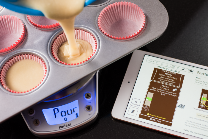 Perfect bake pro bake and drink scales by linnea londborg for Perfect bake scale system