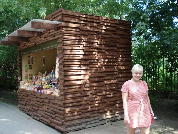 Деревянный ларек своими руками 44