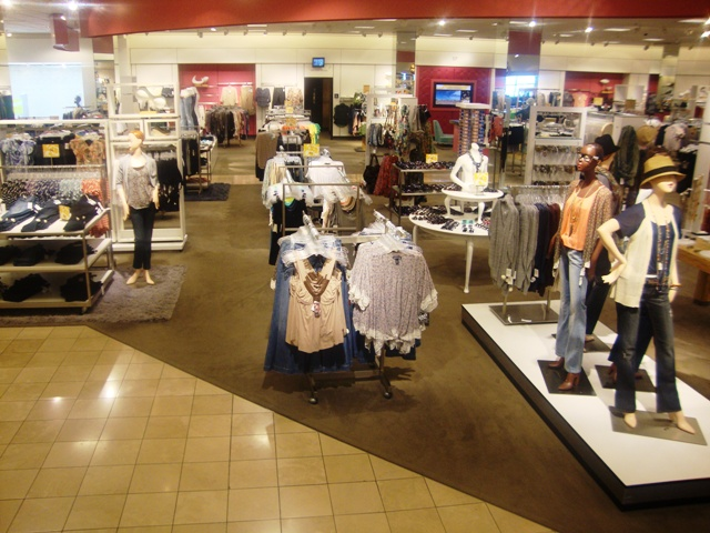 NORDSTROM VISUAL MERCHANDISING-SOUTH BAY STORE 2010-2011