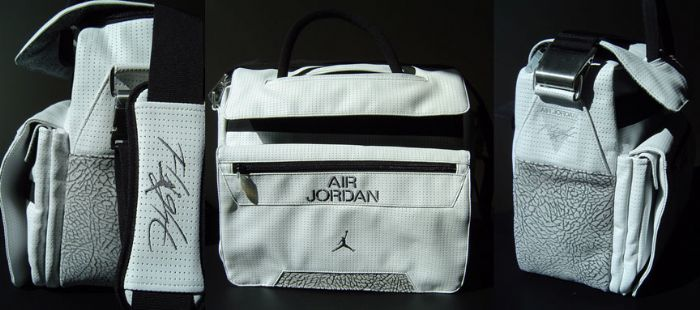 low priced c0e86 b327b ... Nike Mens Air Jordan Rare black Messenger Bag. 123456789101112  Air  Jordan Messenger Bag ...