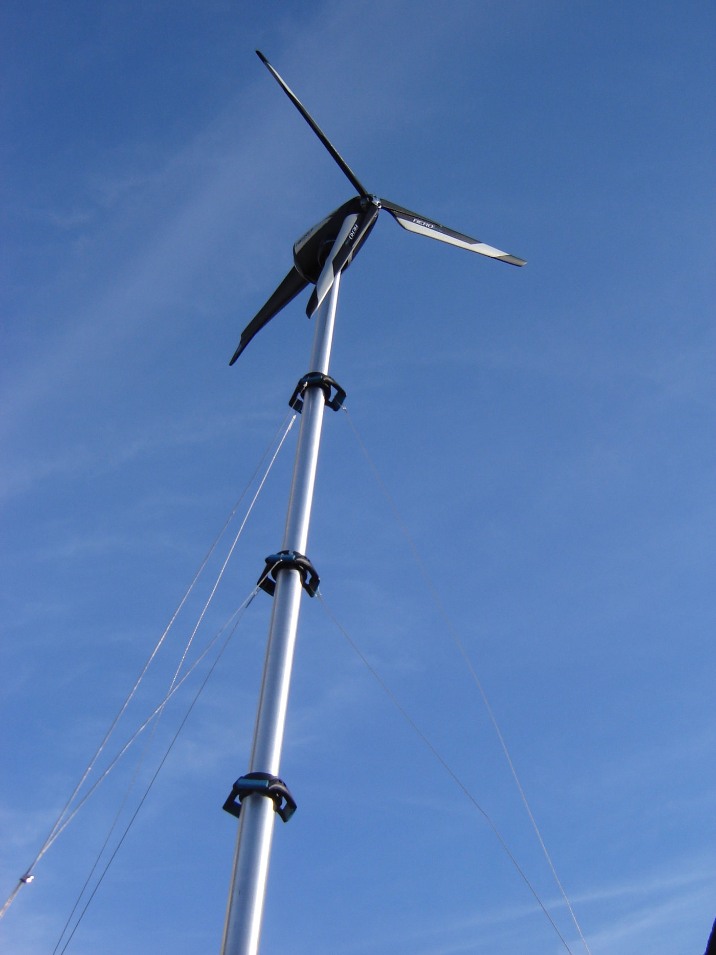 Portable Wind power Generator by Sergio Ohashi at Coroflot