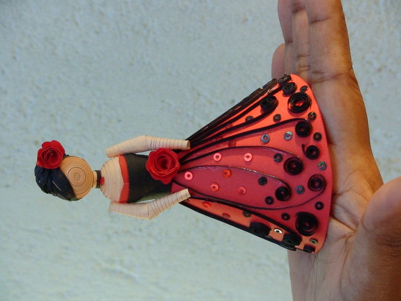 Paper Quilling Dolls By Sandy Inoka At Coroflot Com