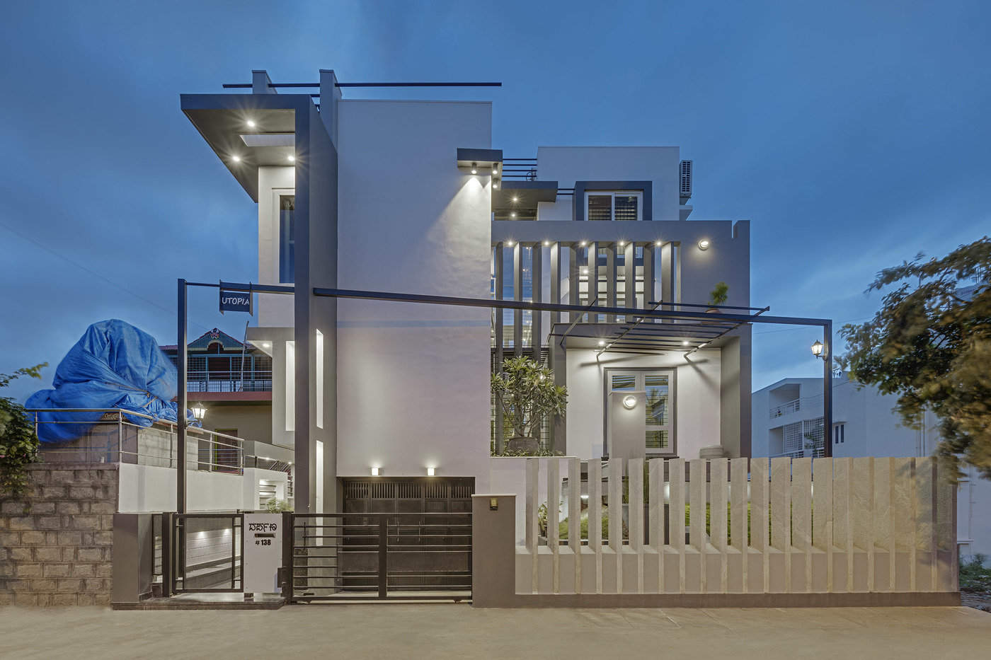 West Facing 4BHK House By Ashwin