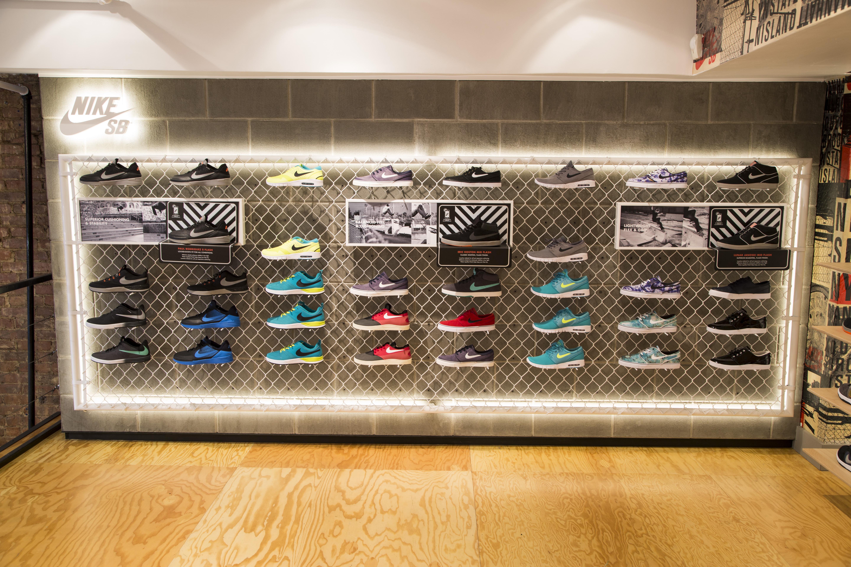 Footwear Wall Displays Style Guru Fashion Glitz