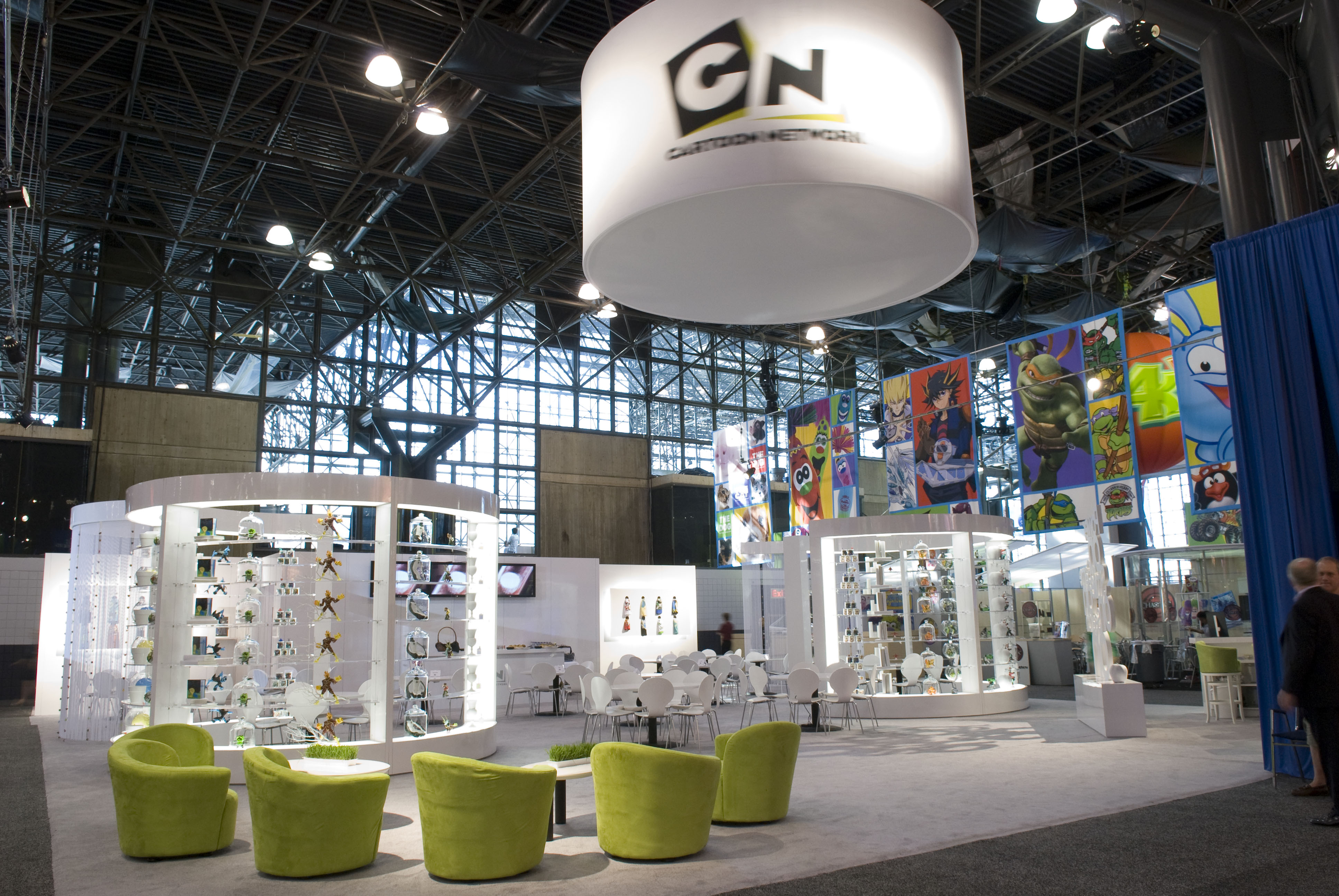 QView Full Size Cartoon Network Trade Show