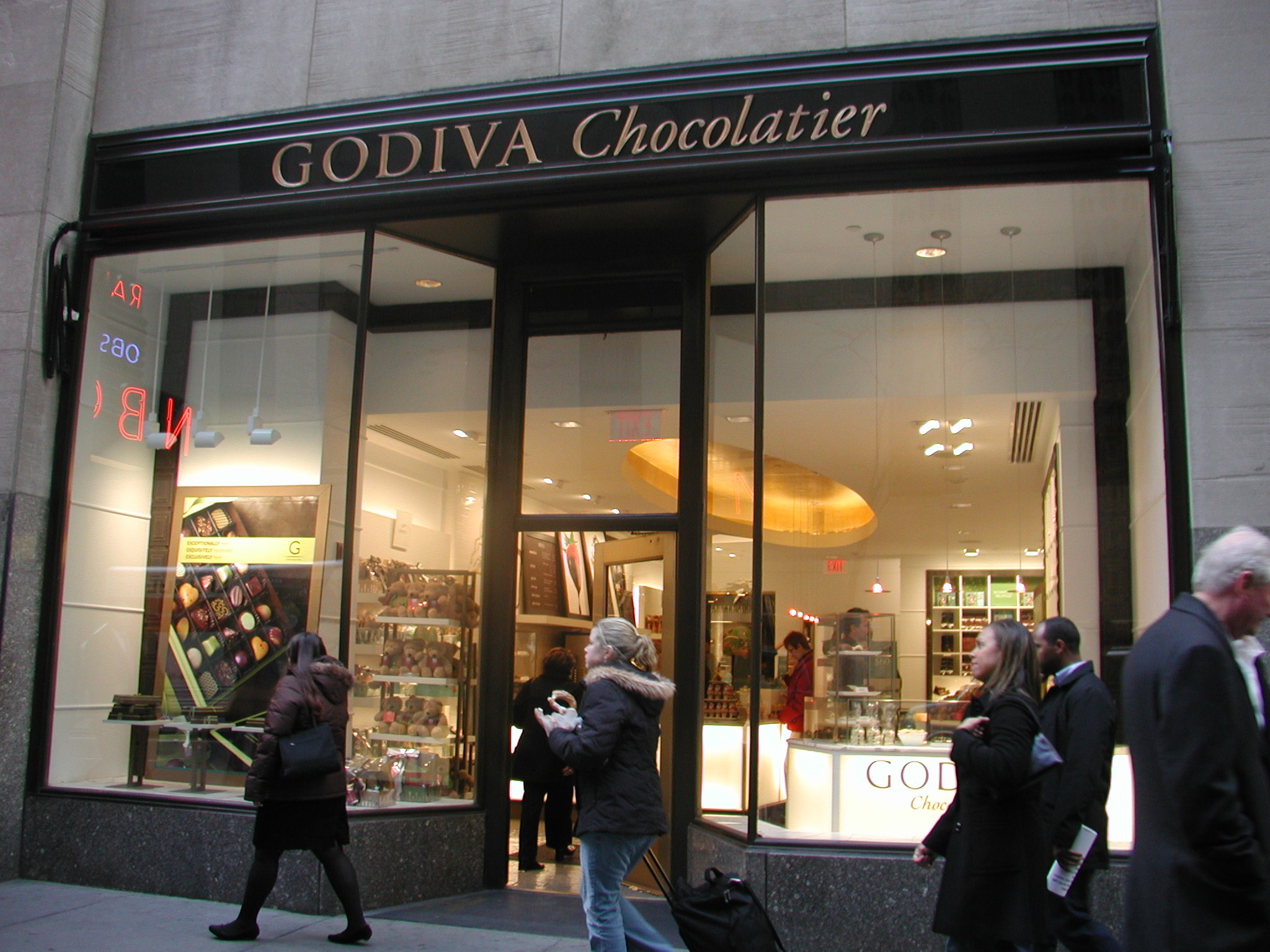 Godiva Chocolatier Rockefeller Center by Tami Feist-Breustedt at ...
