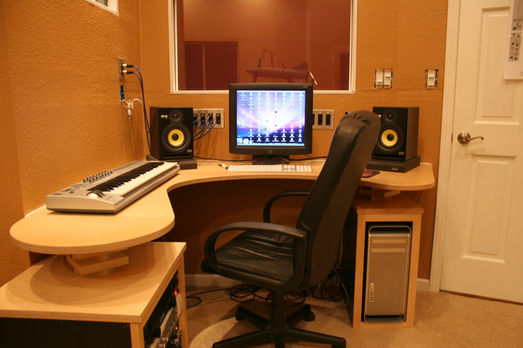 Recording studio desk by ryan silva at for Bedroom recording studio