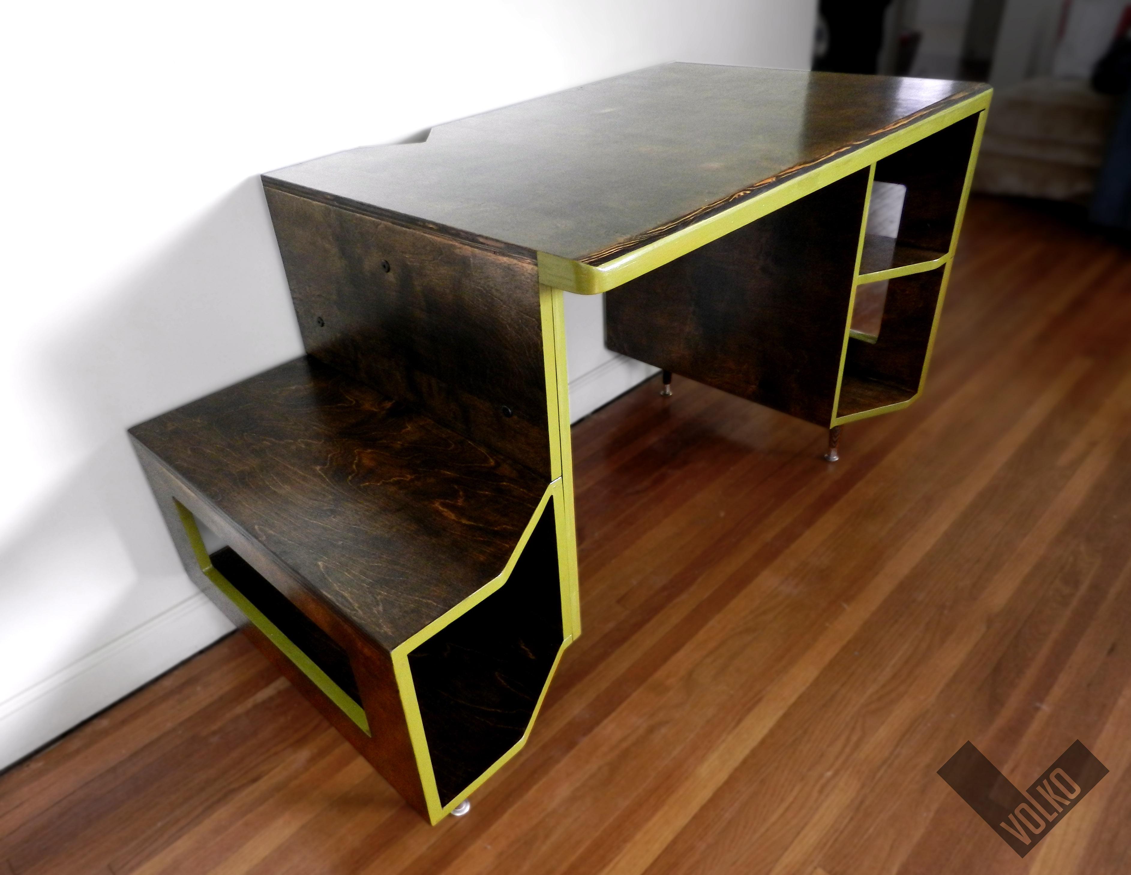 Paragon Gaming Desk By Tom Balko At