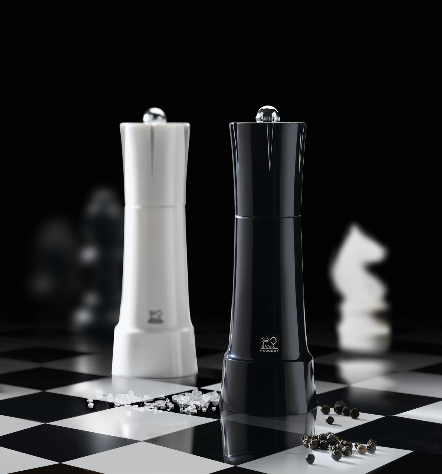 peugeot salt pepper mills chess 2015 by nicolas brouillac at. Black Bedroom Furniture Sets. Home Design Ideas