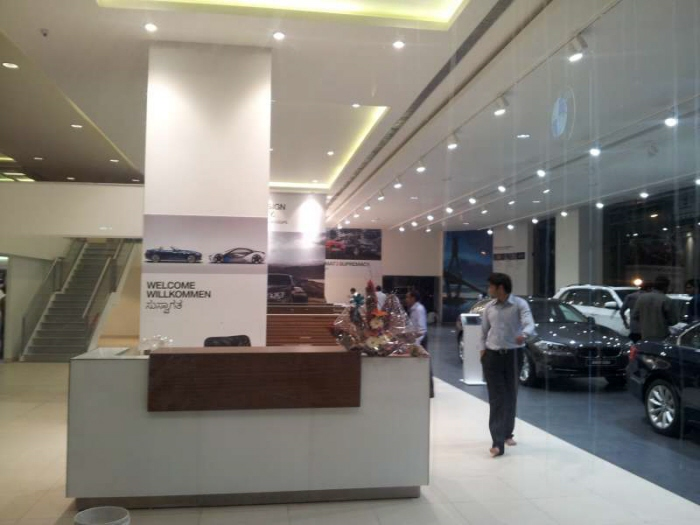 Bmw City Showroom Mini Showroom Bangalore By Neetu Chandra At Coroflot Com