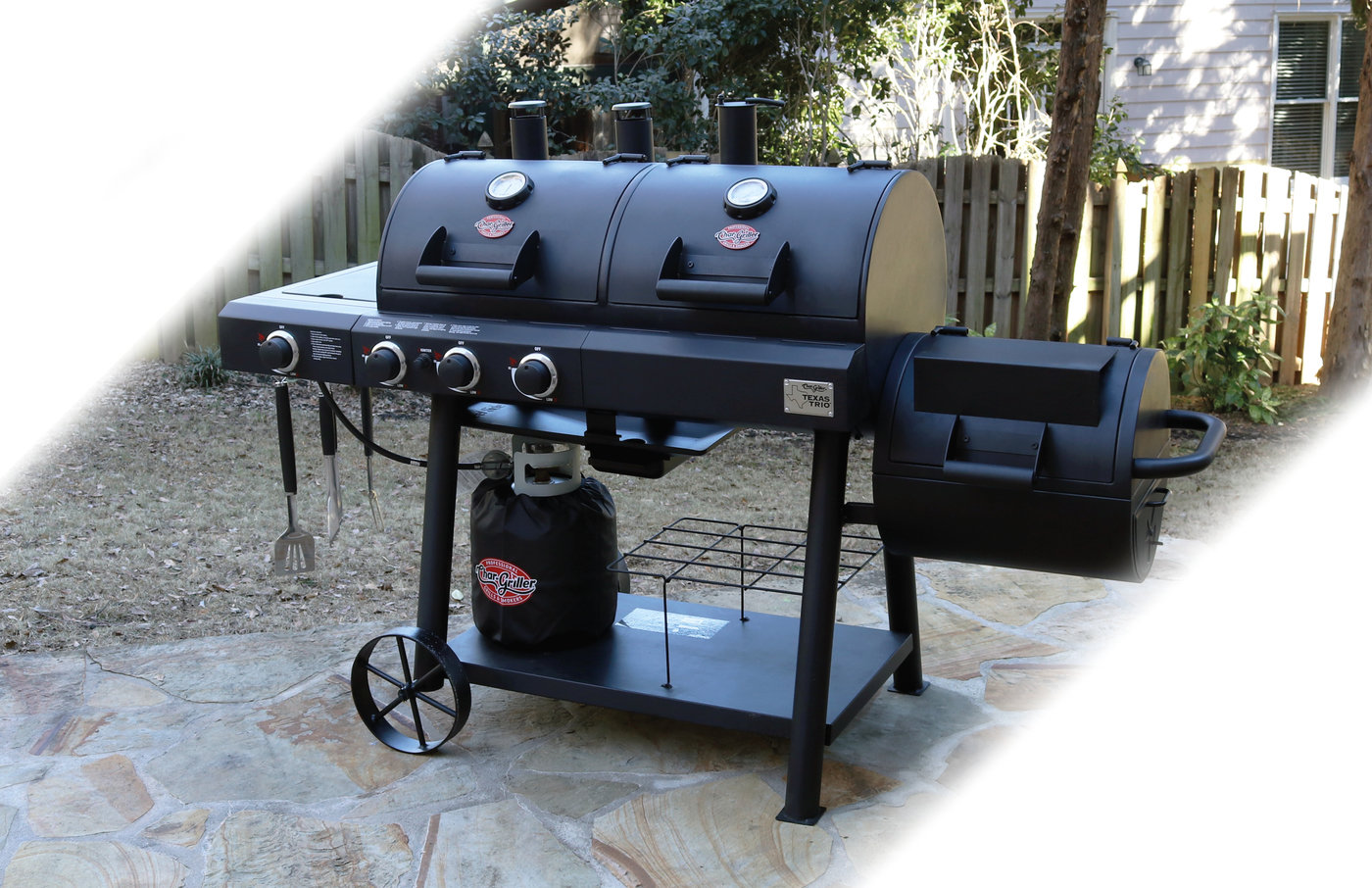 Texas Trio 3 Burner Dual Fuel Grill With Smoker