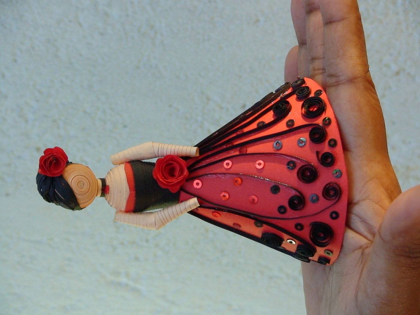 Paper Quilling Dolls By Sandy Inoka At Coroflot Com