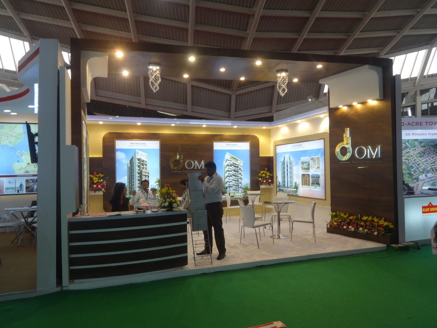 Om developer 6X5 = 30sqm stall CBRE propfair Property