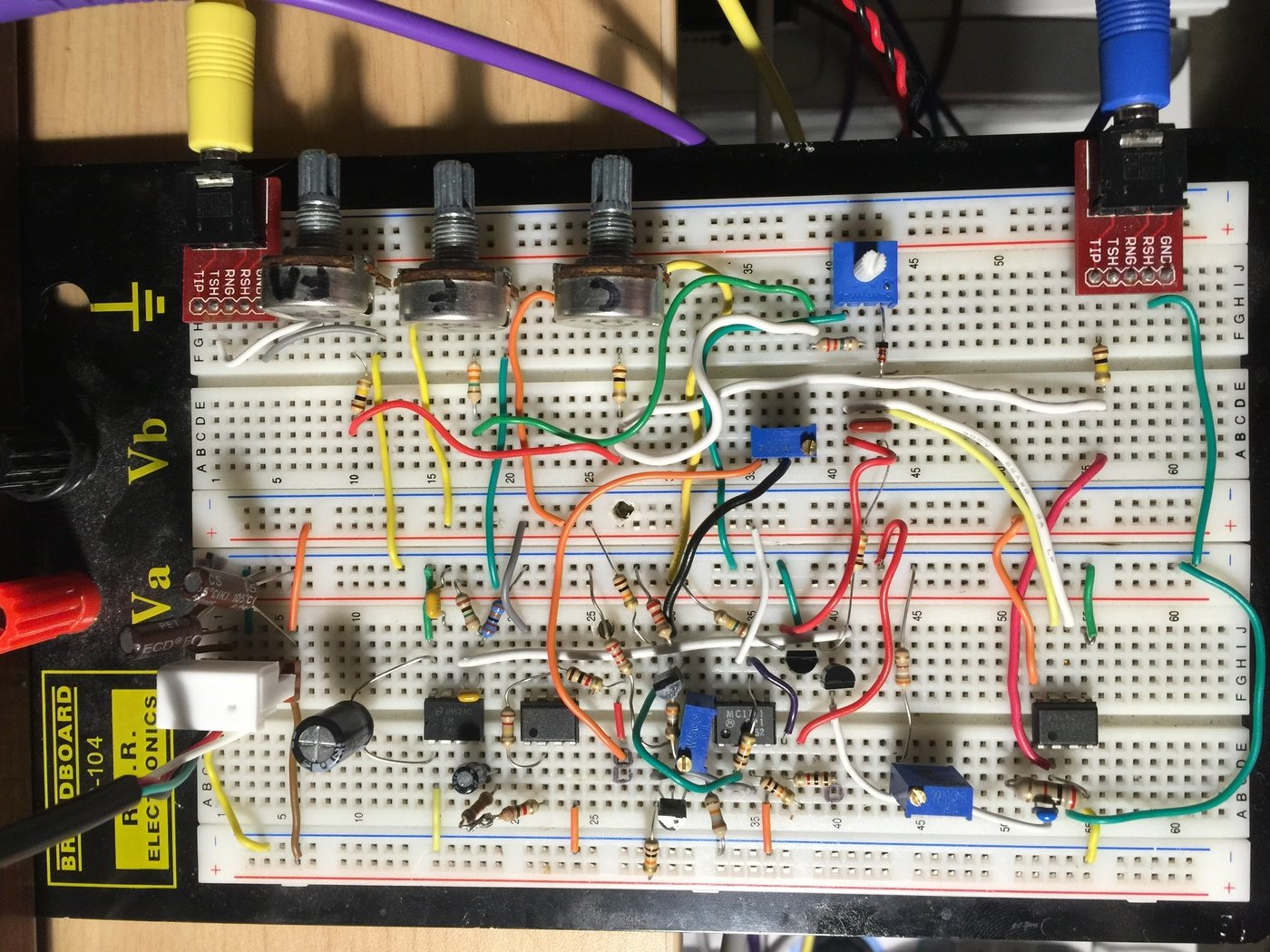 Vco Lm566 Implementation By Brian Tuley At Function Generator Circuit Car Tuning They Adjust Course Tune Fine And Fm Amount I Have Added An Additional Input For The Modulation Everything Tests Fully Functional