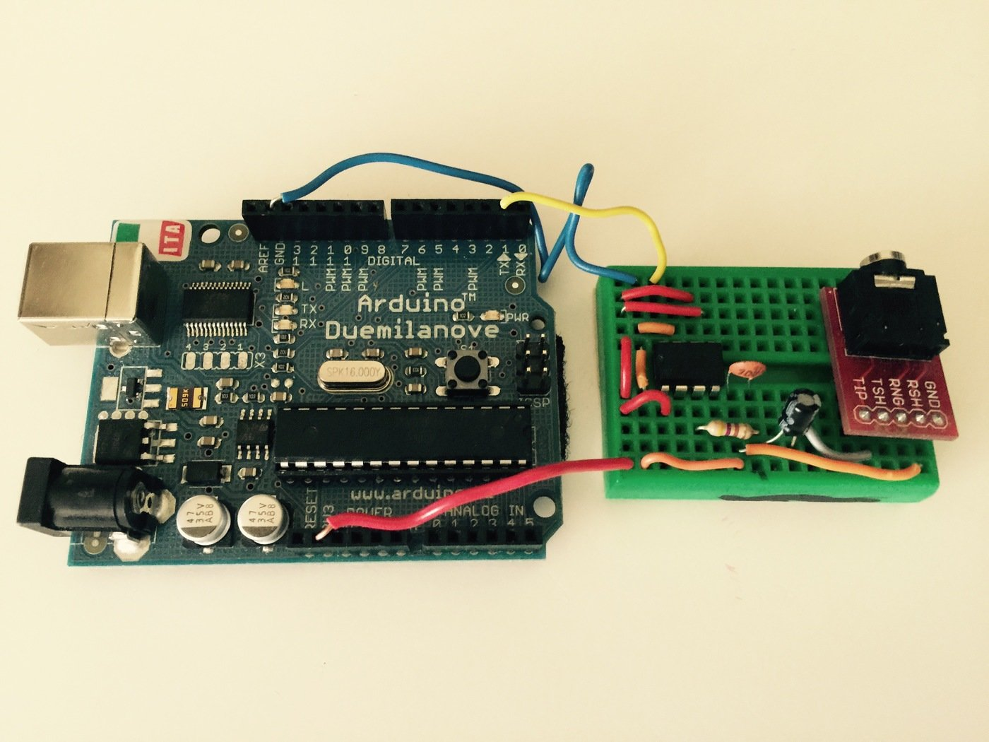 DSP-G1 - Paraphonic Midi Synth Module by Brian Tuley at