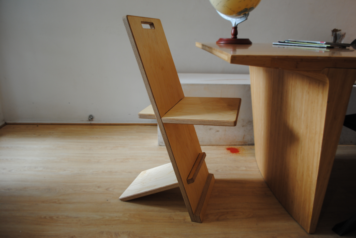The Flat Pack Chair By Cahill Allan At